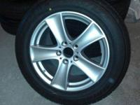 Brand new, 4 BMW X5 rims and tires with air pressure