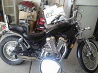 1993 suzuki intruder VS 800cc 12,700 mis. Just upgraded