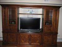 1800 Thomasville British Gentry Entertainment Center