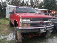 Its a 96 Chevy silverado 1500 lifted with 9in lift 20in