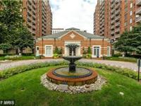 Lovely updated 1 Bedroom/1 BA Condo in luxurious