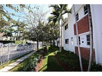 Chic one bedroom, 1 bath in the heart of Miami Beach.