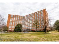 Open and airy 1 bedroom condo with large living area.
