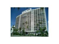 Very nice 1 bed, 1 bath unit on Collins Ave facing the