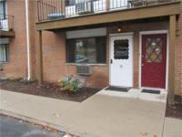 Priced to sell clean ground level 1 bedroom unit with