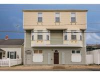 Sought after Thames Street location, 1 BR 1Bath Tenant
