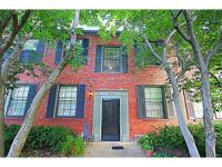 Beautifully renovated 1 bedroom Clayton condo on the