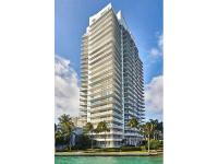 Beautiful designed corner unit 1 Bed/1.5 Bath with wrap