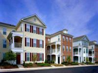 Spacious Townhomes Gardens, Dynamic 2-Story Loft