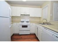 Newly renovated 1 2 bedrooms, Full Size Washer/Dryer in