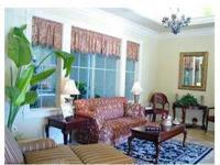 9 Foot Ceilings, Controlled Access, Crown Moulding,