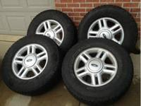 2003 Ford Expedition Set of 4, Ford Factory Rims, Nice