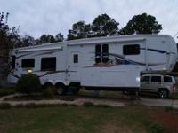 I will trade my 38 ft. fifth wheel trailer with 4