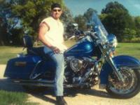 1996 Harley Road King with states pearl blue paint