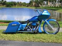 Mint condition Custom 2011 Harley Davidson Road Glide