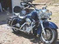 2004 Road King Custom. This bike is fuel injected. It