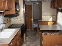 2010 Dutchmen Lite Travel Trailer. Model 18F. 23 feet