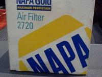 Napa Gold 2720 Air/Breather Filter...Brand New In