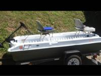 10' pelican boat with 30lb trolling motor and two seat