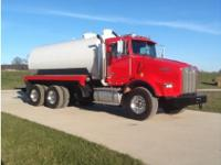 1996 Kenworth T-800 Vacuum Truck Brand new tank, Double