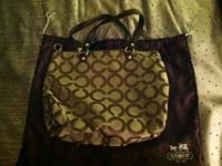 I am selling a new without tags Coach Purse. This purse
