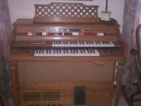 Penncrest Transistorized Decorator Designer Organ Model