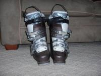 Selling my wife's Salomon Irony 6 ski boots size 25.