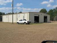 4800 sq ft Commercial Building for Lease/Rent.