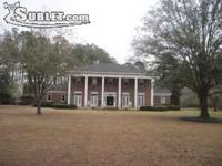 Sublet.com Listing ID 1606389. Large plantation style