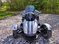 spyder has been garage-kept in like-new condition and