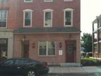 Very nice 1st floor commercial office space located in