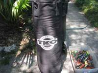 TKO pro heavybag./ no tears used very little. make