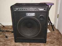 100w Fender Bass Amp Rumble 100 series in excellent