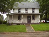 Colonial Charmer! 3BR/1BA house available for