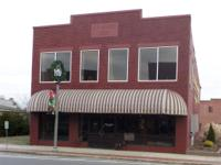 Great chance in downtown Piedmont. Retail space that