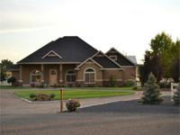 Payette, Idaho home for sale. Immaculate elite home on