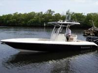 2010 Blackwood 27 CENTER CONSOLE A contemporary design