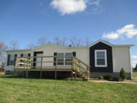 2009 CLAYTON, 28' X 52' MANUFACTURED HOME ON 3 ACRES!