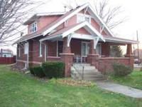 307 E. Main- Pewamo 48873 Price: $109,900 Type: Cape