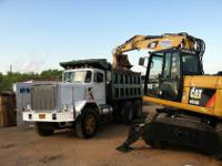 1985 AUTOCAR DUMP TRUCK 70,000LB GVW with CATERPILLAR