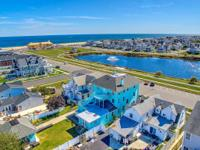 LOCATION! Renovated 10 bedroom shore colonial in north