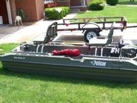 10' Pelican Bass boat 2012 used very little 38 thrust