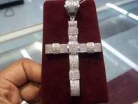 Mens 10kt White gold cross 14 grm. REF 352215.2 Contact