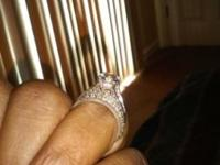 Size7 white diamond wedding set with diamonds around