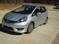 2012 Honda Fit Sport 24 City / 33 Hwy Only 15,807 Miles