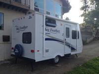2011 Jayco Jay Feather SPORT 165 is in mint condition.