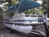 1998 tracker party barge 130 hp mercurser 25 ft whit