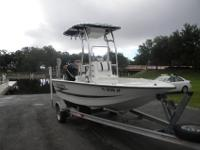 1998 Hydra Sport Center Console 17'. This boat has been
