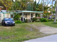 Small home on corner lot in a quant Fishing Village. It