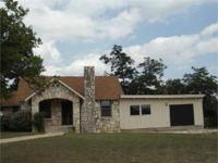 One of a kind property family compound/office in Hunt.